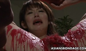 Pouring wax on her moist cum-hole and that babe likes the sadomasochism stuff