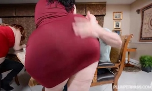 two bbw pawgs take on some giant weenies